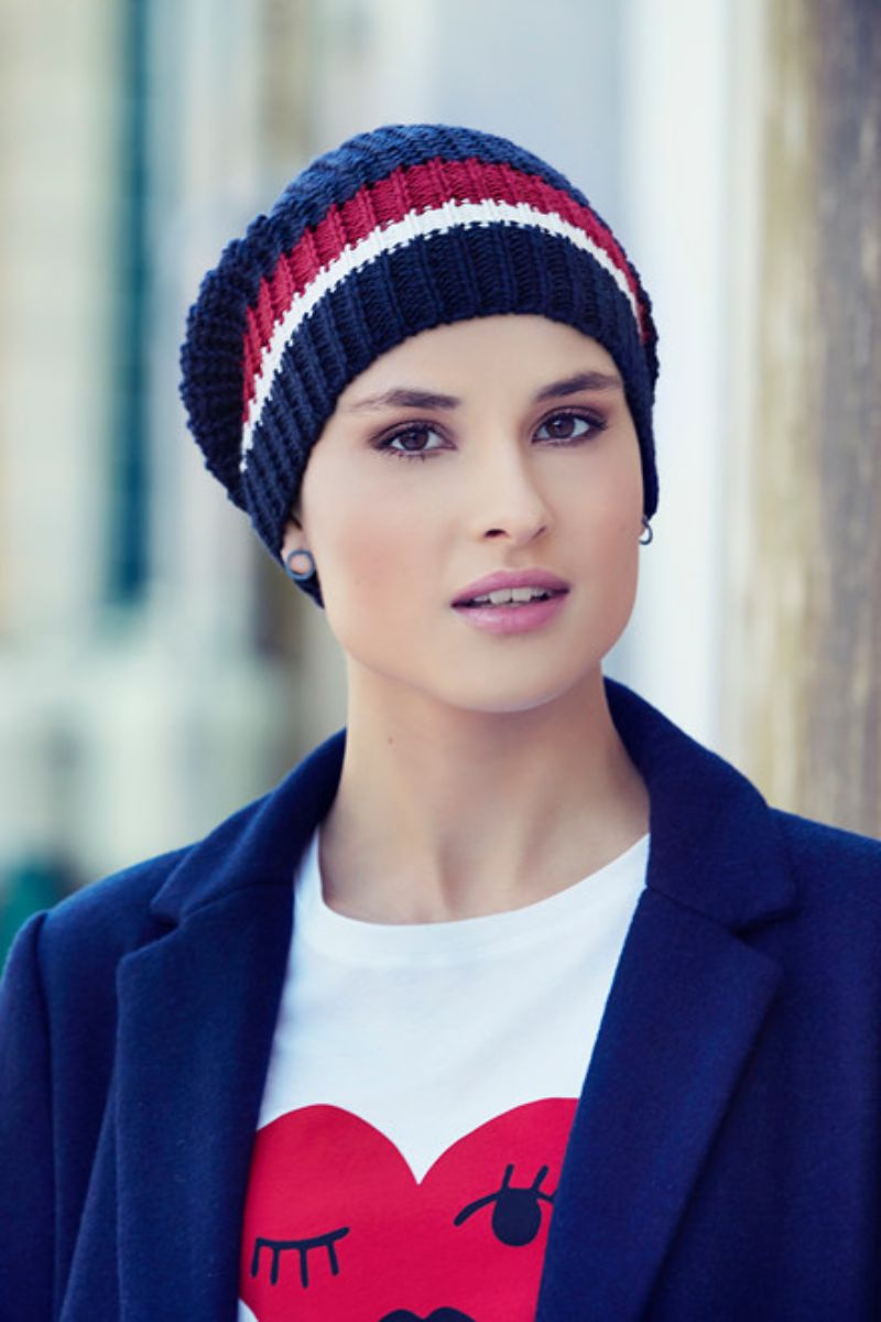 EBBA-v-knitted-hat